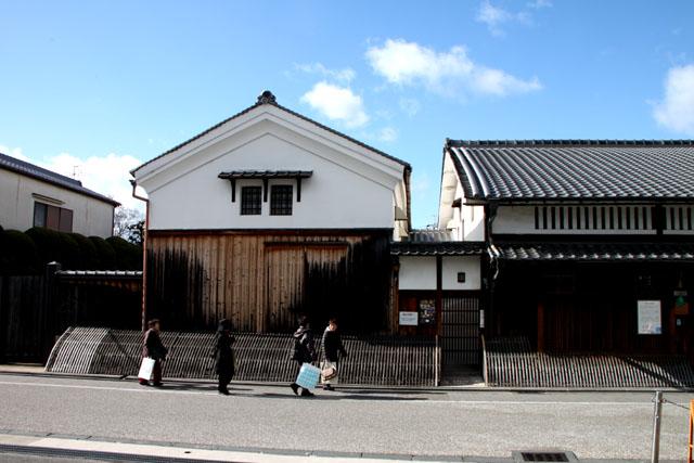 伏見 酒蔵の町_e0048413_187304.jpg