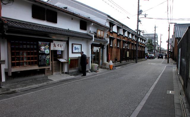 伏見 酒蔵の町_e0048413_1875976.jpg
