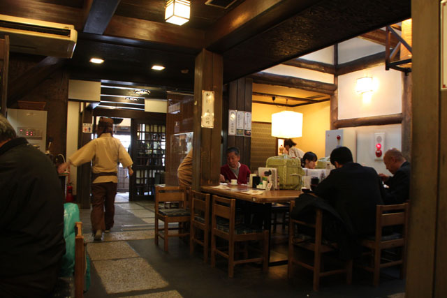 伏見 酒蔵の町_e0048413_188126.jpg