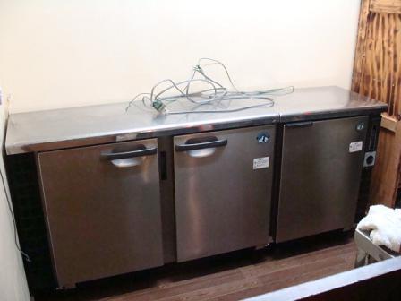 棚から冷蔵庫へ_a0195373_083138.jpg