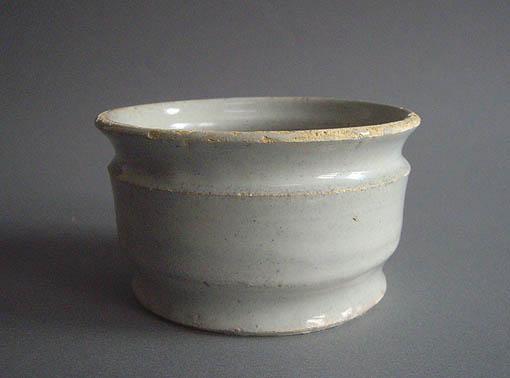 デルフトの筒茶碗_e0111789_10379100.jpg