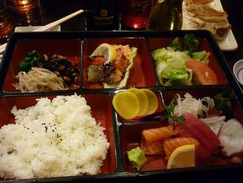 久々に和食が食べたくなりました (アンカレジ) _b0135948_10124745.jpg