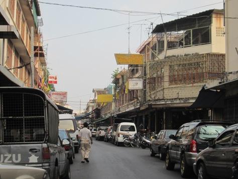 住めば都と言いますがバンコクは奥が深い_b0100062_23151726.jpg