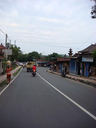 シドゥメン村までの道のり バイパス・クルンクン~サトリア地区 By pass Klungkung - Satria_a0120328_10104193.jpg