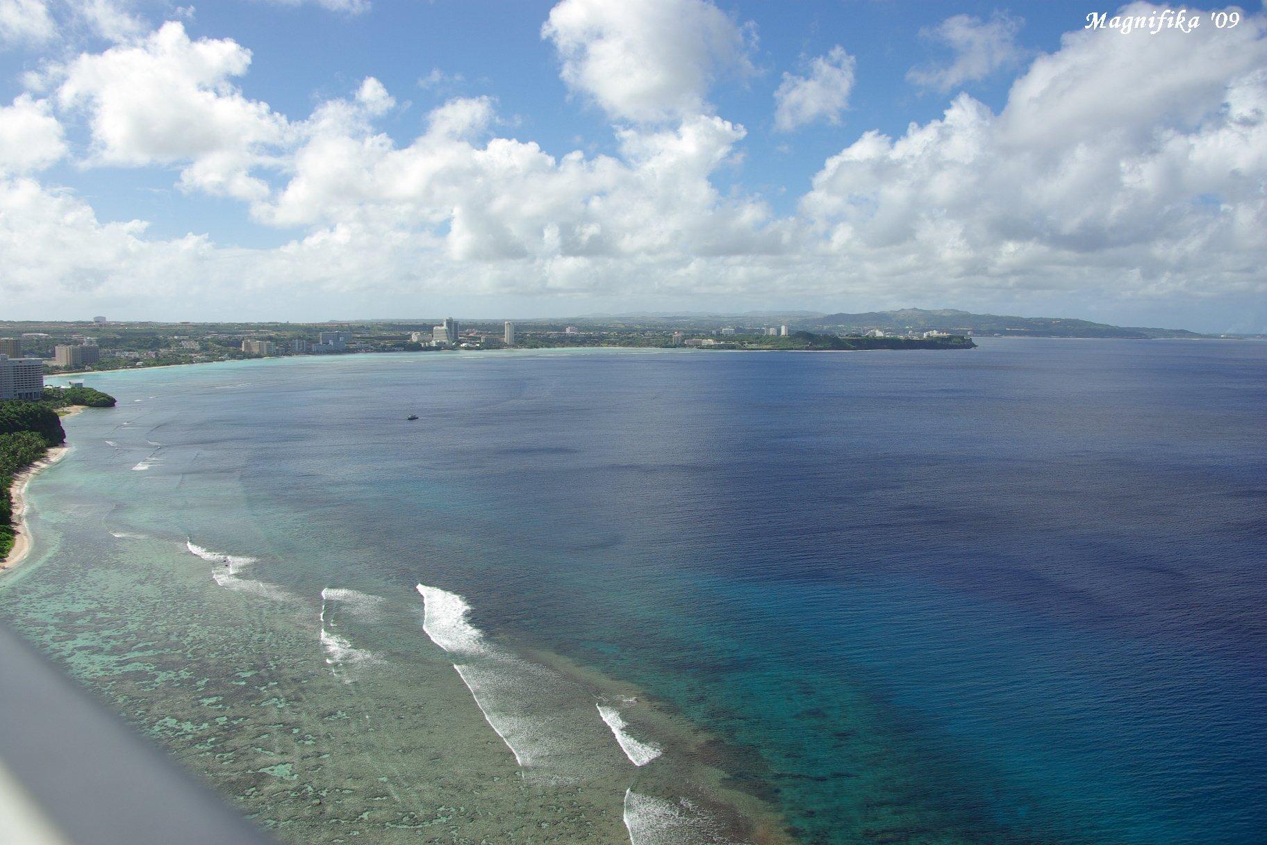 ASUKA II 南太平洋グランドクルーズ2009-6 グアム恋人岬 Two Lovers\' Point in Guam_e0140365_19432535.jpg