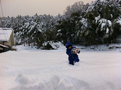 雪遊び_d0028272_1751691.jpg