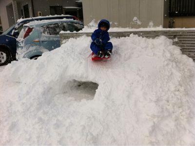 雪遊び_d0028272_1751754.jpg