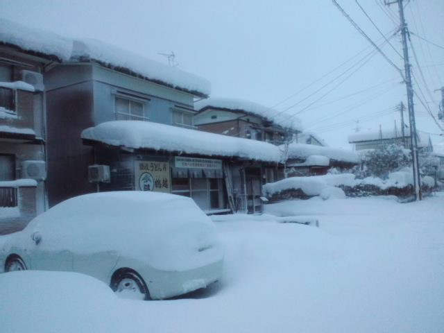 大雪で第2駐車場のみ使用可_c0092877_722453.jpg