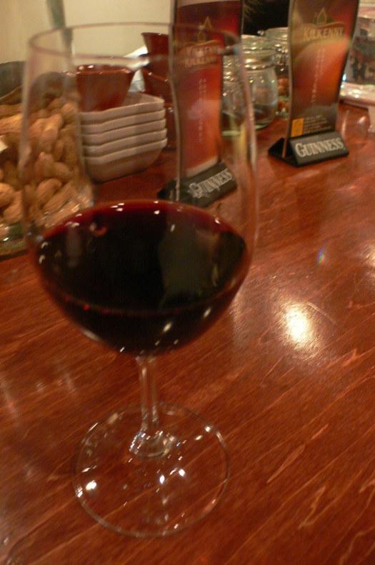 天満「立ち呑みワイン」という浪速ならではの本格ワイン酒場。_c0061686_861792.jpg