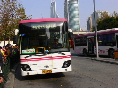 中国出張2010年12月-週末旅行-第一日目-上海から朱家角鎮へ_c0153302_16403095.jpg