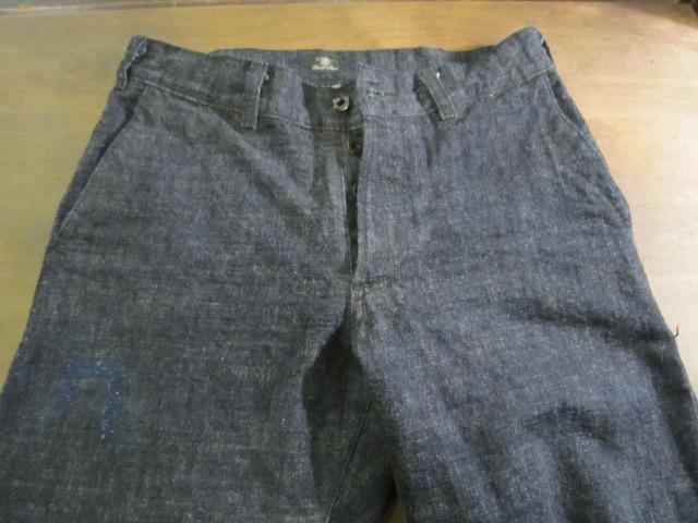モモのリペア ブランドジーンズ 目だたない様に普通縫い_a0182112_15415831.jpg