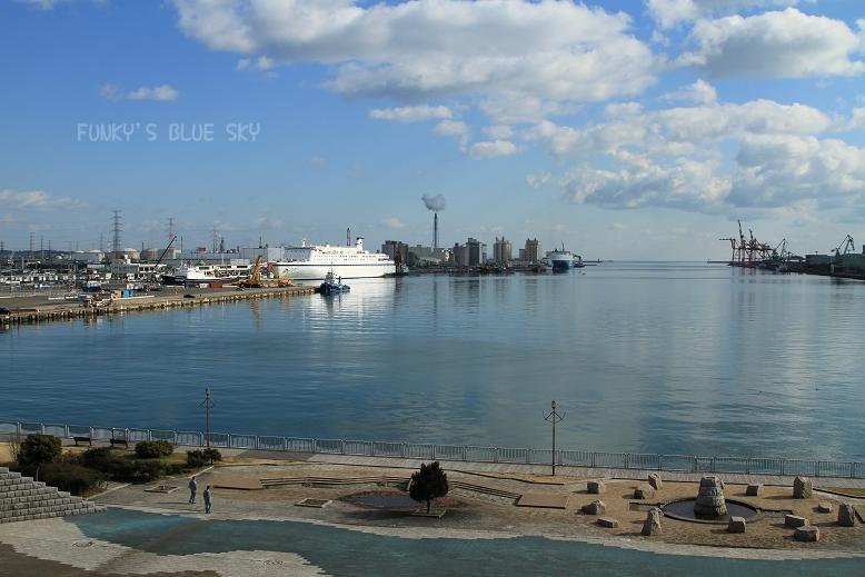 港の見える公園で♪_c0145250_12374630.jpg