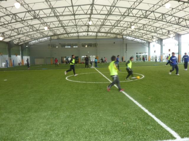 (サッカーねた続きますが、、) 初蹴り!_c0009280_14534073.jpg