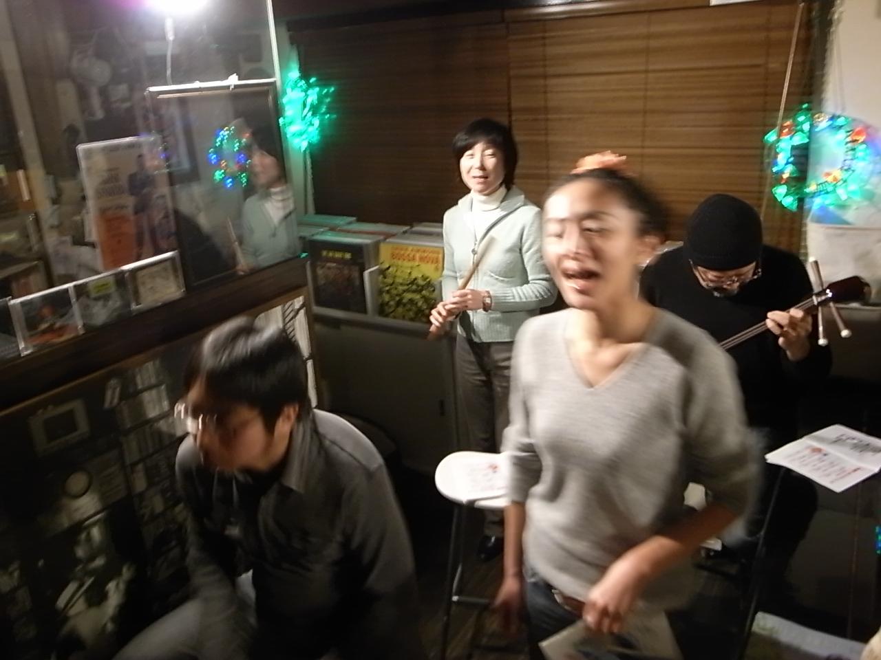 走り初め&神保町新年ライブ_d0122797_15385751.jpg