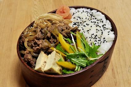 牛すき煮弁当_b0171098_715014.jpg