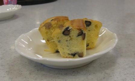 黒豆ケーキ<アクティブライフ豊中>_c0107602_9541012.jpg