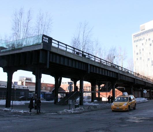 ニューヨークの空中公園、ハイラインも雪景色_b0007805_027129.jpg