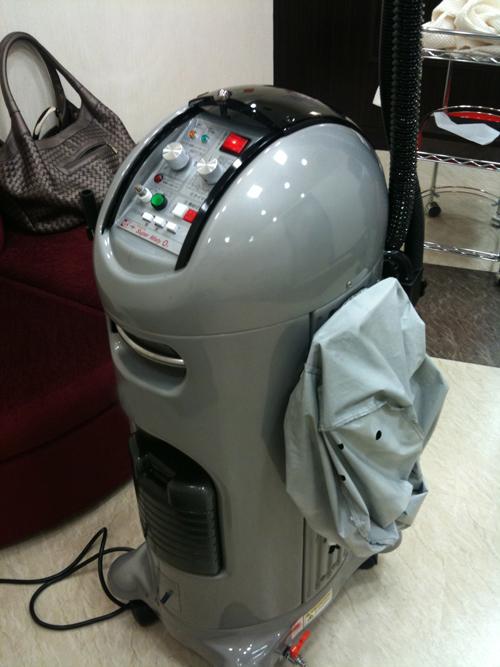 R2-D2・・・?_e0048332_23443940.jpg