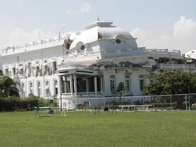【JEN通信】ハイチの地震から一年・・・。_e0105047_18495497.jpg