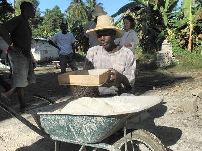 【JEN通信】ハイチの地震から一年・・・。_e0105047_18514018.jpg