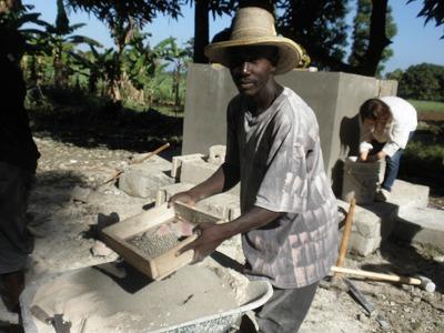 【JEN通信】ハイチの地震から一年・・・。_e0105047_18521036.jpg