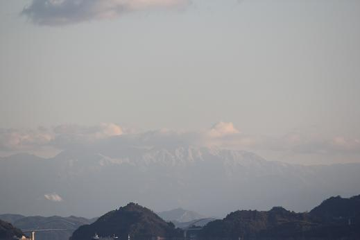 神々しい峰々_e0175370_13115317.jpg