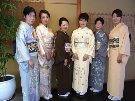 柿傳・茶の湯同好会の初釜へ_a0138976_21441863.jpg