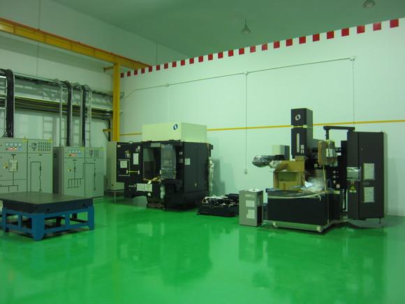 マキノV-33マシニングの搬入_b0100062_19503082.jpg