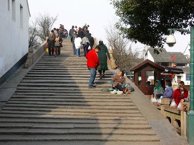 中国出張2010年12月-週末旅行-第一日目-朱家角鎮(I) チケット、放生橋、阿婆茶楼、東・西井街_c0153302_16554789.jpg