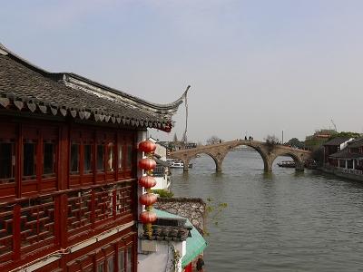 中国出張2010年12月-週末旅行-第一日目-朱家角鎮(I) チケット、放生橋、阿婆茶楼、東・西井街_c0153302_1793732.jpg