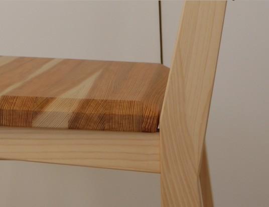 杉桧椅子の詳細_c0138410_20404310.jpg