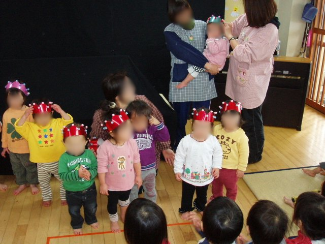 お誕生日会_e0148419_1426652.jpg