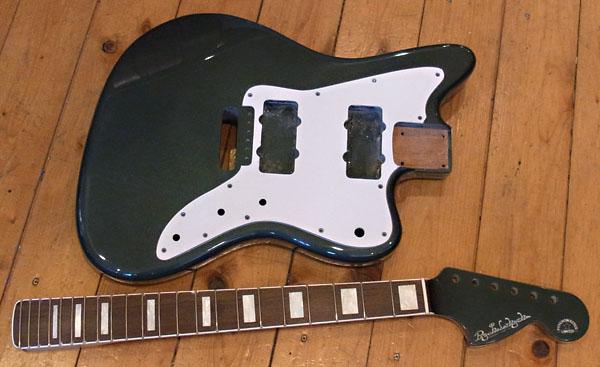 「Malachite GreenのPsychomaster」の塗装が完了〜。_e0053731_19593511.jpg