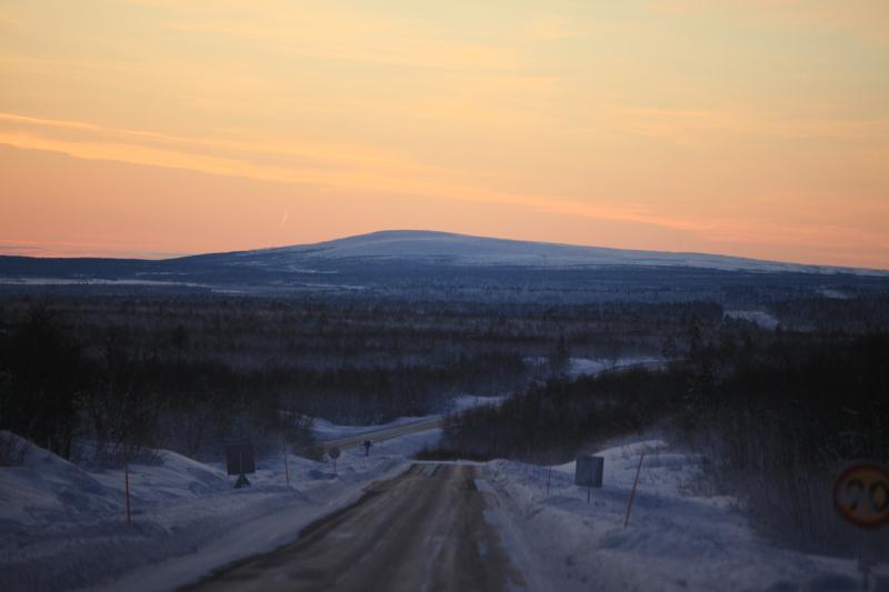 北極圏の雪景色_c0187779_8103872.jpg