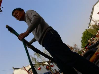 中国出張2010年12月-週末旅行-第一日目-朱家角鎮(II) 課植園、全華水郷芸術館、遊覧船、水路と橋たち_c0153302_16502427.jpg
