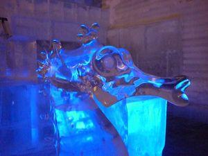 氷の彫刻博物館 (チェナ温泉)_b0135948_10121386.jpg