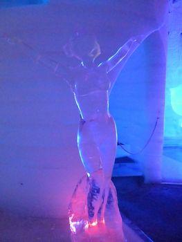 氷の彫刻博物館 (チェナ温泉)_b0135948_10122817.jpg