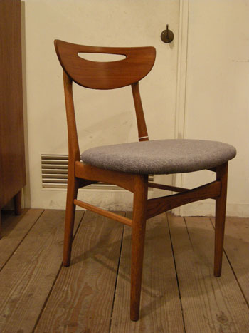 Chair (DENMARK)_c0139773_1933076.jpg