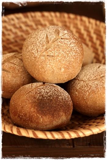ママ友ランチ♪小麦クープのパン かごトレーを使っておもてなし_b0165178_22484483.jpg