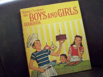 vintage boys and girls cook book_e0183383_18152332.jpg