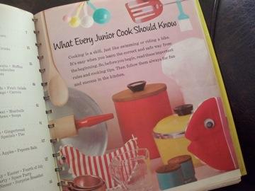 vintage boys and girls cook book_e0183383_18311978.jpg