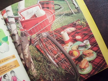 vintage boys and girls cook book_e0183383_1849473.jpg