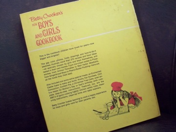 vintage boys and girls cook book_e0183383_18515582.jpg
