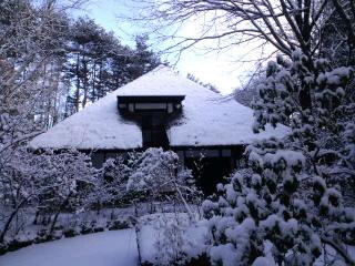 天山文庫の雪景色_d0027486_22301658.jpg