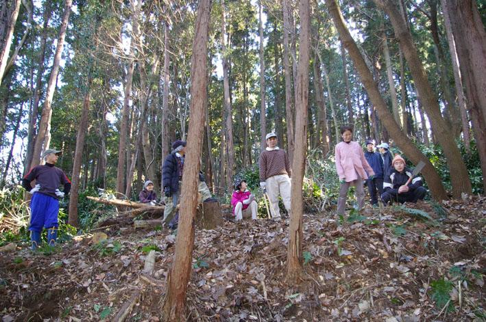 30名参加、六国見山森林公園の手入れスタート(1・22)_c0014967_19353282.jpg