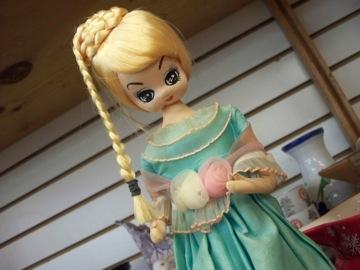 こんな身近にポーズ人形が!_e0183383_7301154.jpg