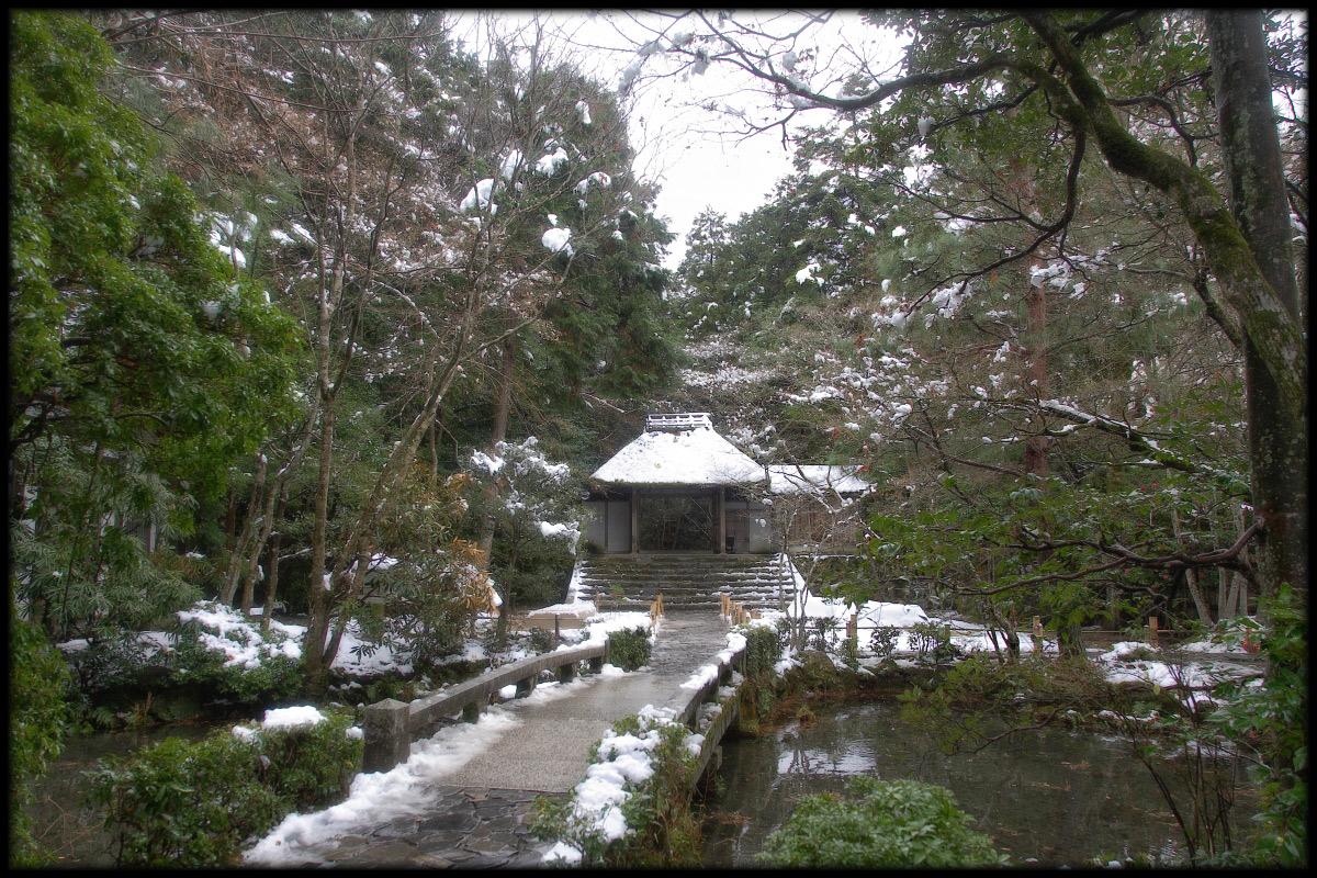 雪景色 <法然院>_f0021869_2316886.jpg