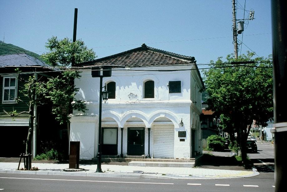 明治ロマン、函館馬車鉄道通りの建物_a0158797_23124436.jpg