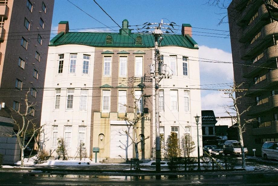 明治ロマン、函館馬車鉄道通りの建物_a0158797_23211359.jpg