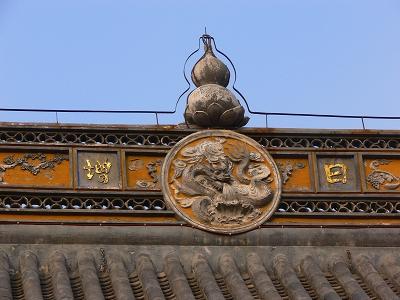 中国出張2010年12月-週末旅行-第一日目-朱家角鎮(IV) 円津禅院、城隍廟、北大街 _c0153302_081155.jpg